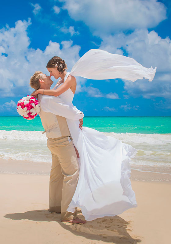 Barbados wedding on beach